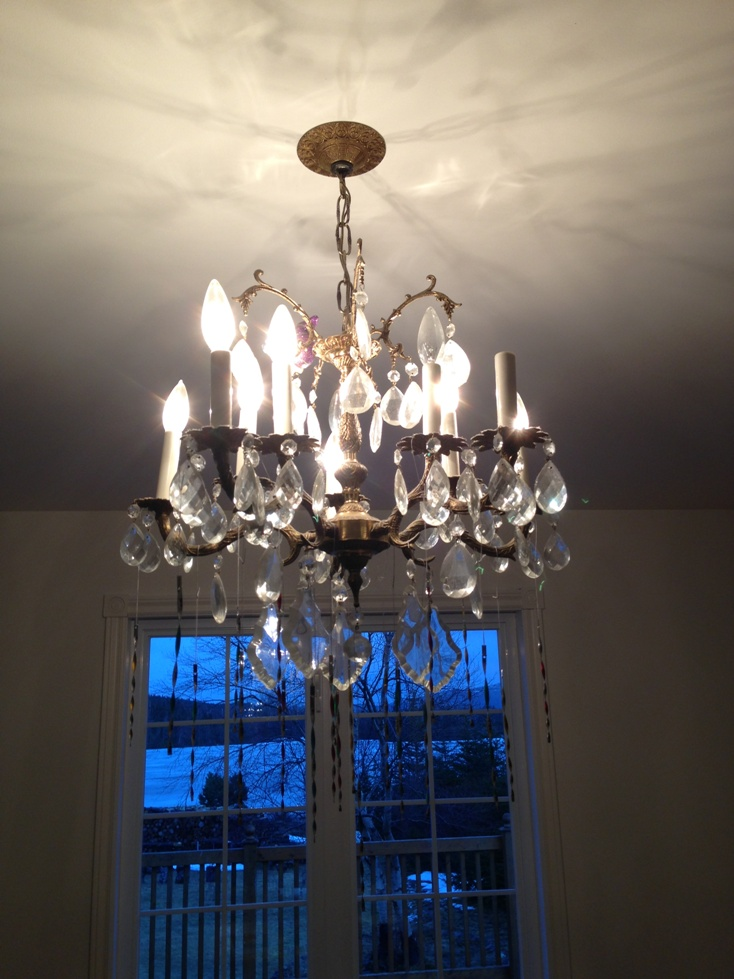 Diy cheap cheerful chandelier makeover outdated dining room chandelier makeover before our old brass chandelier semi aloadofball Gallery